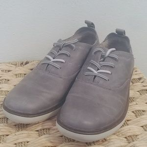 NWOT Merrell leather shoes.